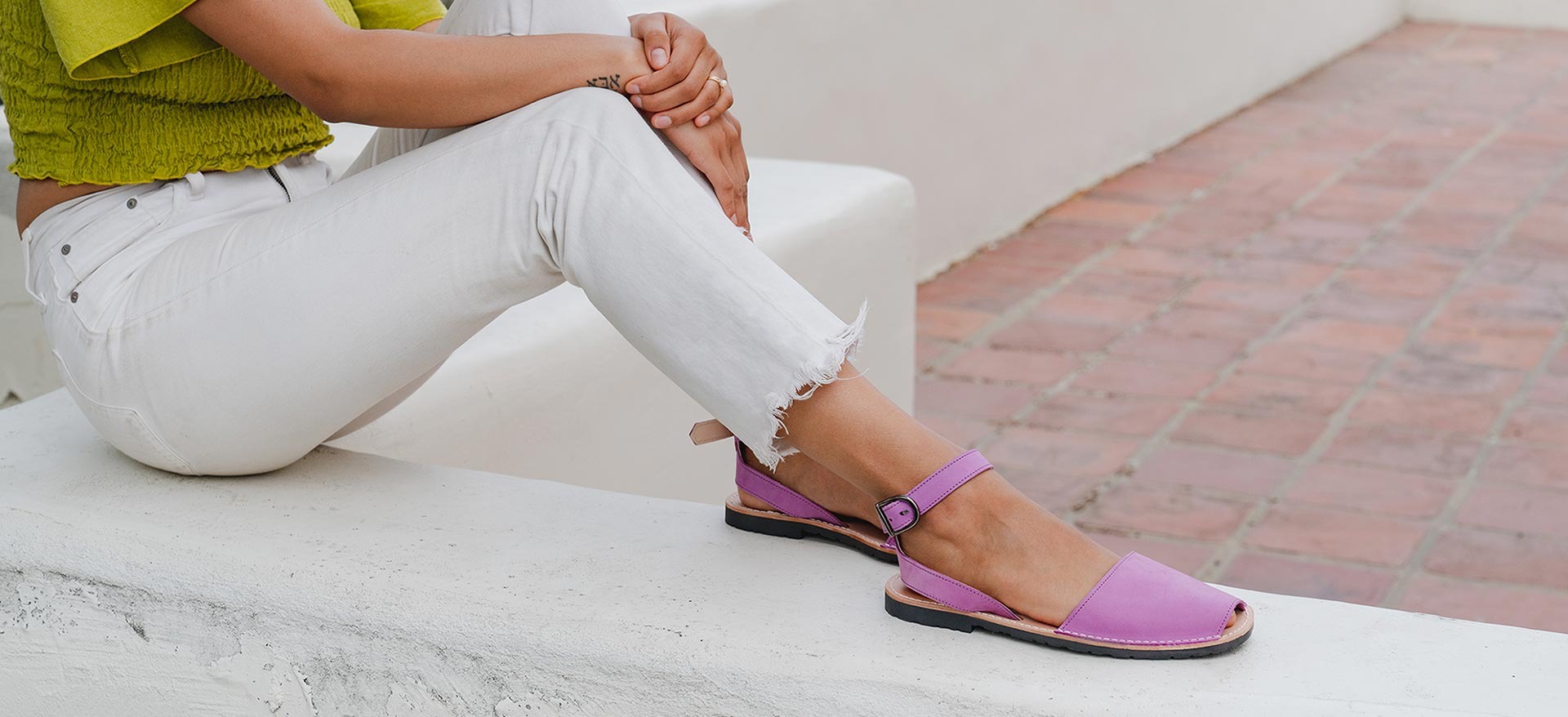 Pons Shoes Ankle Strap in Berry