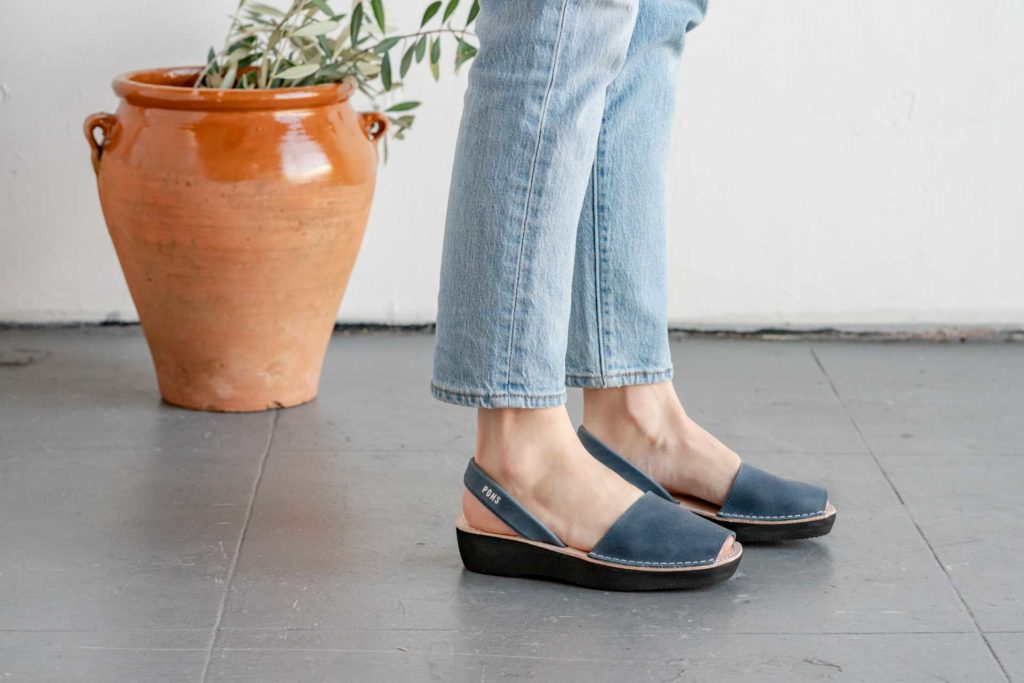 Classic Style Platform Pons in French Blue