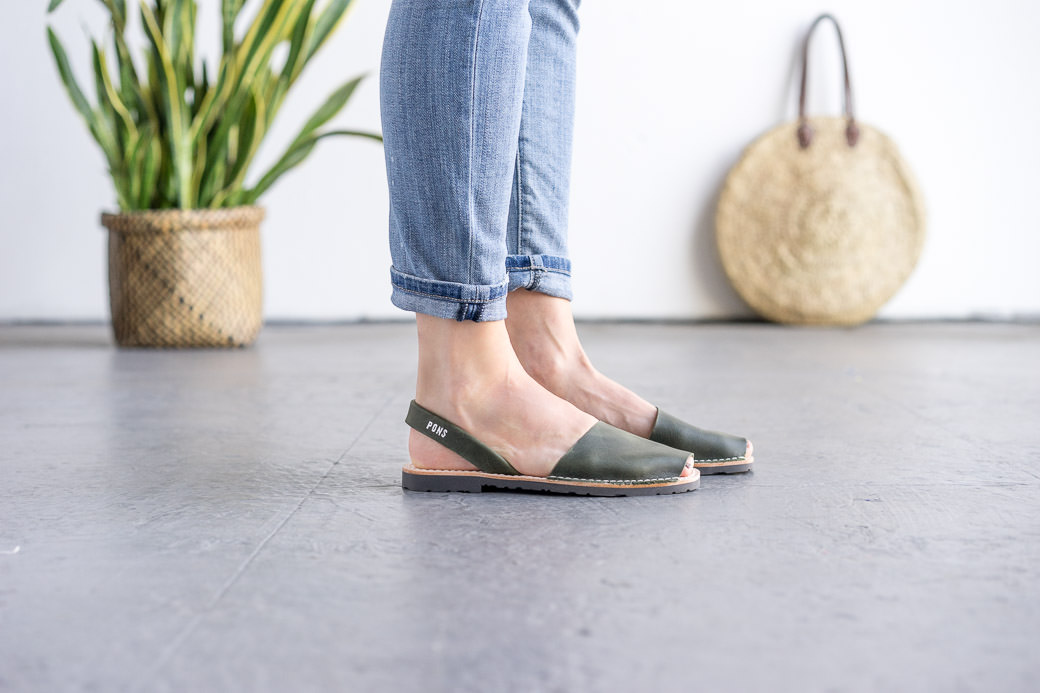 3f554dcf59e Classic Style Women Forest Green Avarca